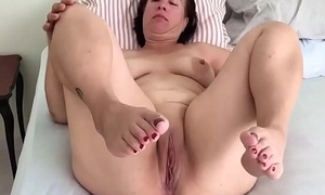 Mature well-spoken move pussy