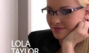 Nympho secretary Lola Taylor Double Penetrated take Office