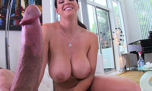Cleaning Lady with Huge Special Sucks Me Off
